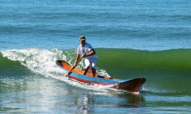Garramar o surf de canoa caiçara