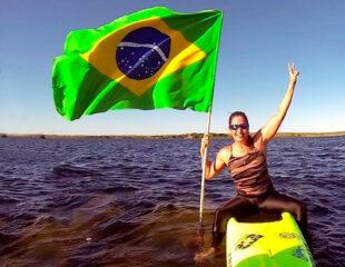 Sinara Pazos é atleta da seleção brasileira de paddleboard com mais participações em Mundiais