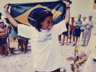 bicampeã mundial de bodysurf