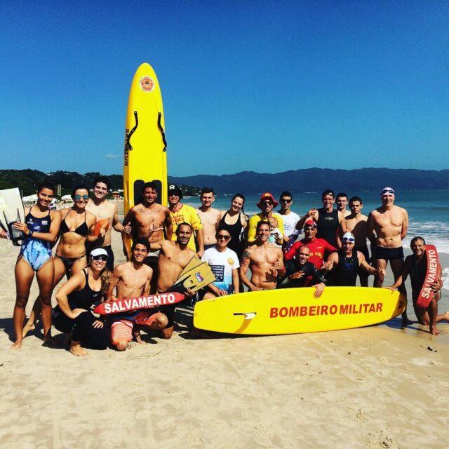 Padleboard surf life saving