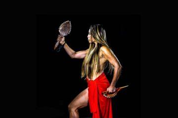 Michelle manu dança havaiana