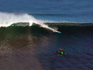 Surfski nas ondas